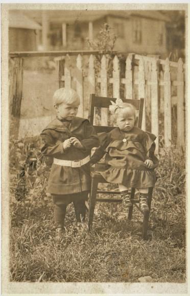 Eino and Grandma (2)