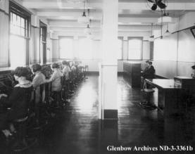 nd-3-3361b-telephone-switchboard-operators-alberta-government-telephones-edmonton-alberta-10009-102-ave-1926